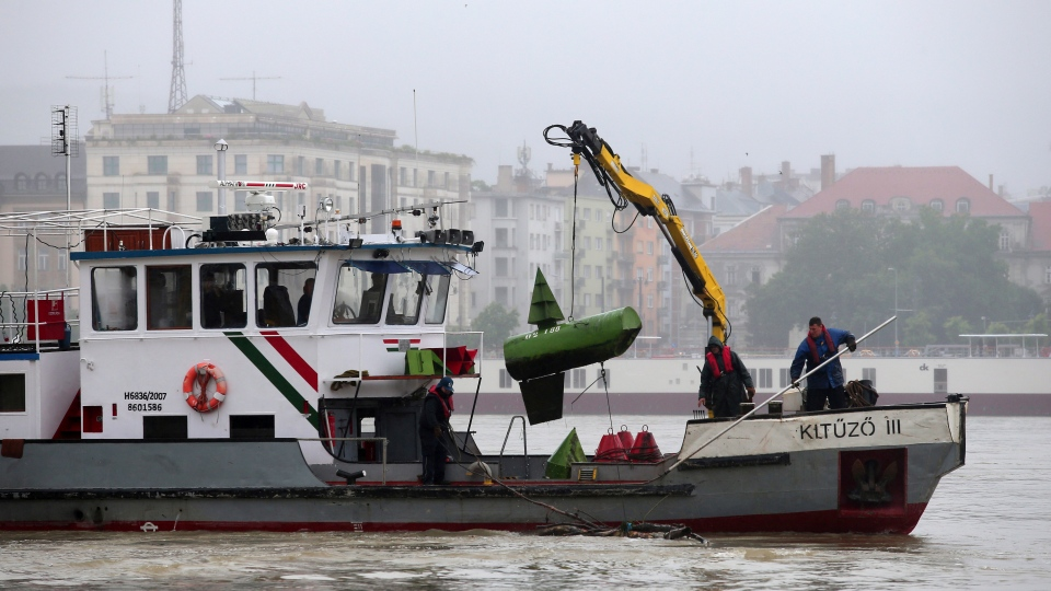 A rescue boat searches for survivors on the Danube River in Budapest, Hungary, Thursday, May 30, 2019. (AP Photo/Laszlo Balogh)