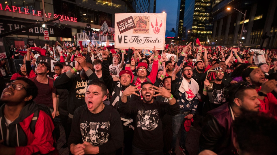 Toronto Raptors fans react in