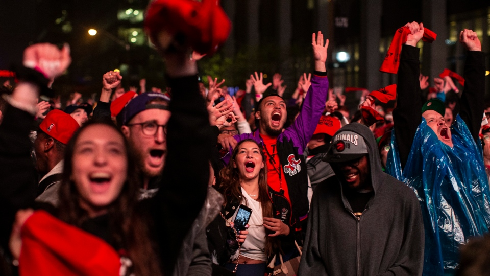 Toronto Raptors fans react as they watch Game 3 of the NBA Final between Toronto Raptors and Golden State Warriors in