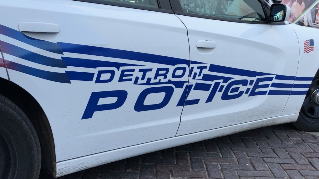 Police officer fatally shot investigating Detroit home invasion