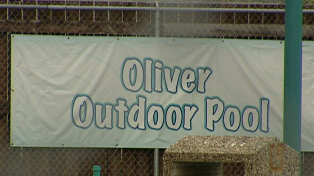 Oliver Outdoor Pool