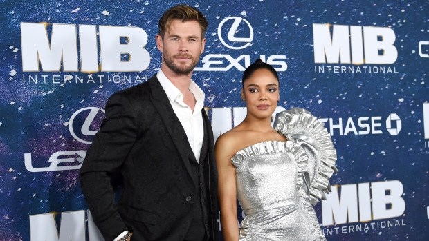 Tessa Thompson Explains How Men In Black: International Expands the Series' Universe