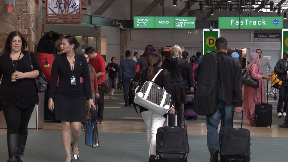 A new survey shows many travelers will be relying on rewards points for summer vacations this year.