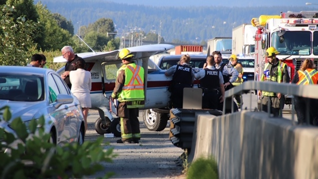 Small aircraft forced to land on Highway 17 in Surrey