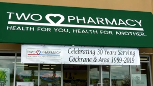 calgary, cochrane, no smoking, pharmacist