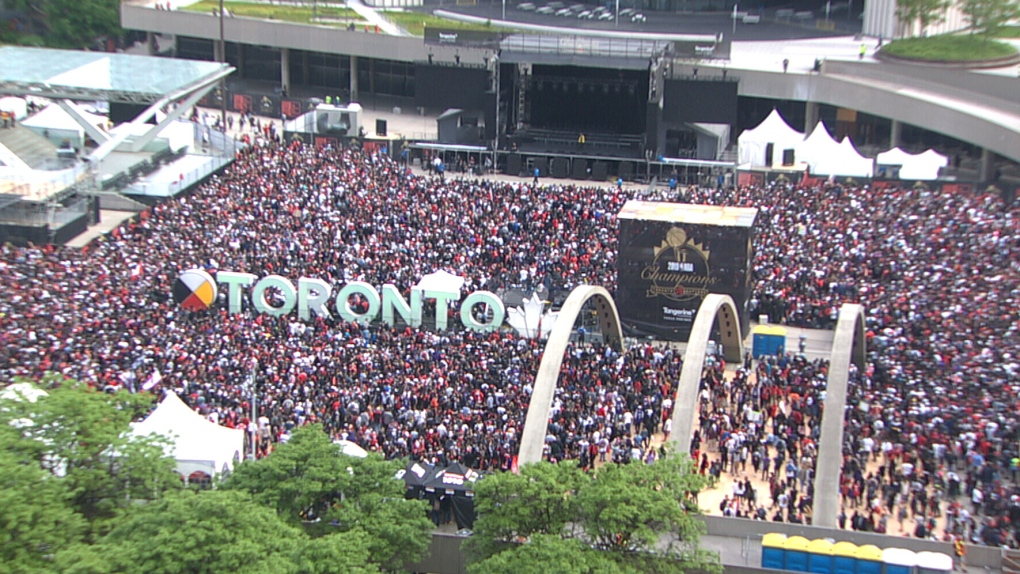Huge crowds gathering in downtown Toronto for Raptors parade, rally