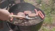 Lump charcoal versus briquettes