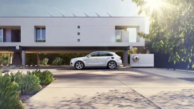 Plug-in electric Bentayga Hybrid SUV