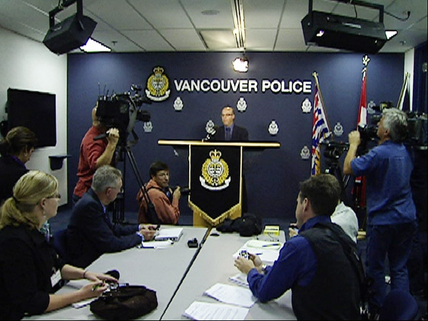 Vancouver Police Insp. Mario Giardini talks to reporters at a press conference Friday, August 14, 2009. (CTV)