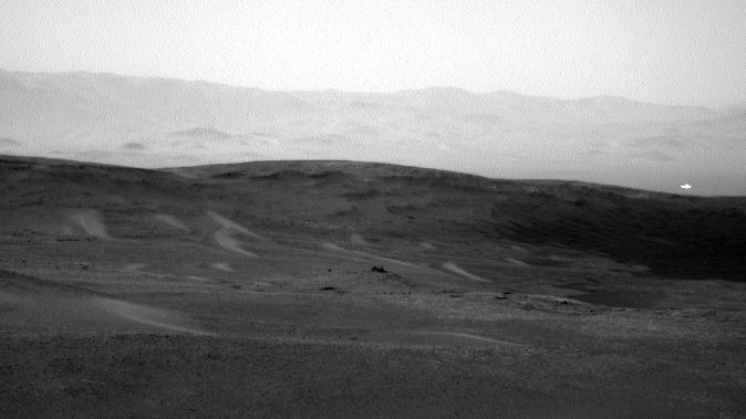 Mars mysteries: NASA rover captures strange white light, detects methane spike