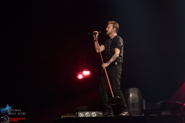 Live Nation presented Corey Hart at Save-On-Foods Memorial Centre for the Never Surrender Tour Monday June 24, 2019. Hart performed a 17 song set, beginning with the title track of his new EP 'Dreaming Time Again' and ending with his hit 'Never Surrender'. In the middle of the show, Hart performed three songs on a second stage near the back of the arena with a grand piano. (Adam Lee/Victoria Music Scene)