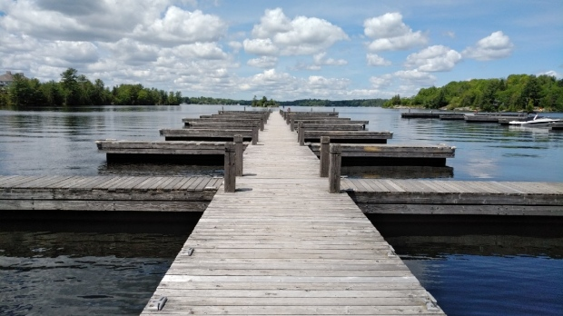 Cottage country mayors urging seasonal residents to 'stay away' during COVID-19 crisis