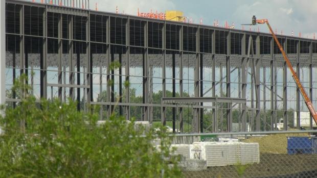 Amazon Nisku construction