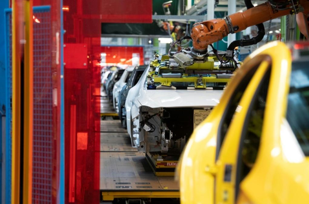 Robot manufacturing