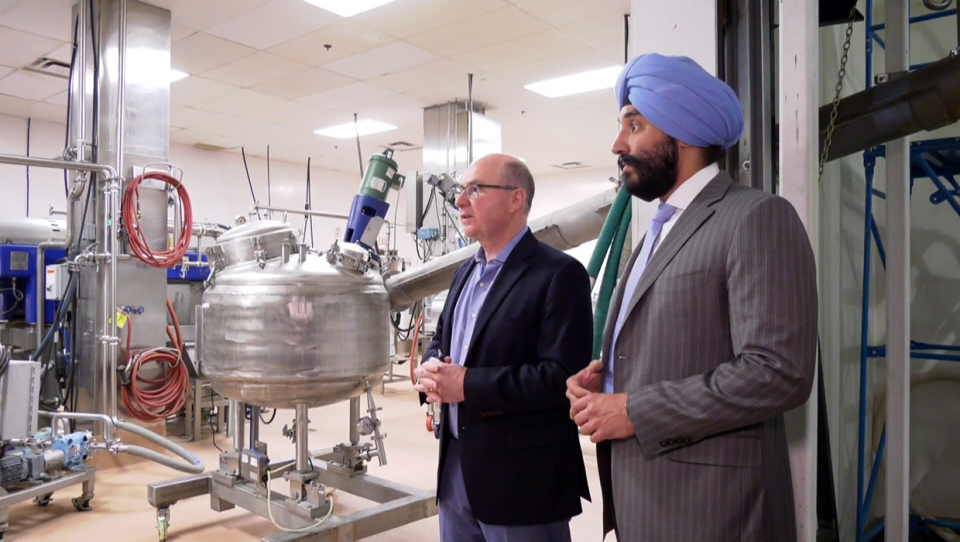 Minister Bains visited Botaneco Inc. on June 26, 2019.