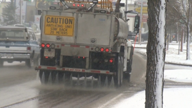 Edmonton city council votes against using calcium chloride this winter