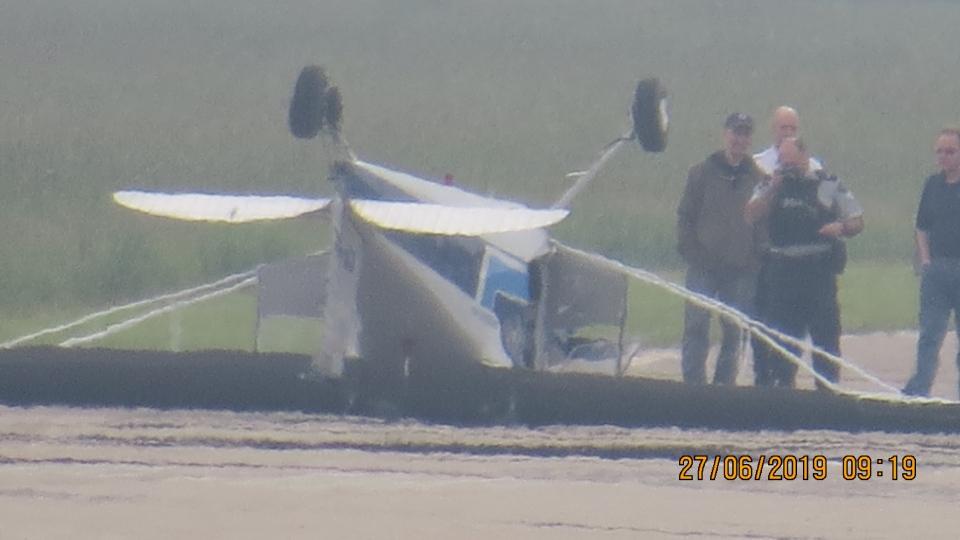 Parkland plane