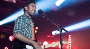 Himesh Patel in a scene from 'Yesterday.' (Jonathan Prime / Universal Pictures via AP)