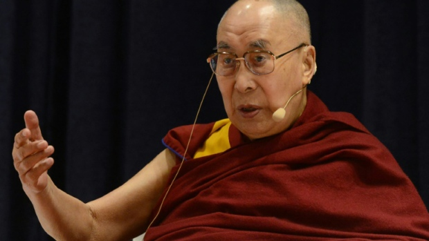 Dalai Lama still thinks a female successor must be 'attractive'