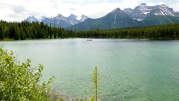 Herbert Lake Bnaff National Park
