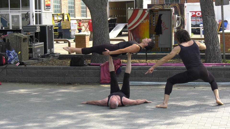 Edmonton International Street Performers Festival