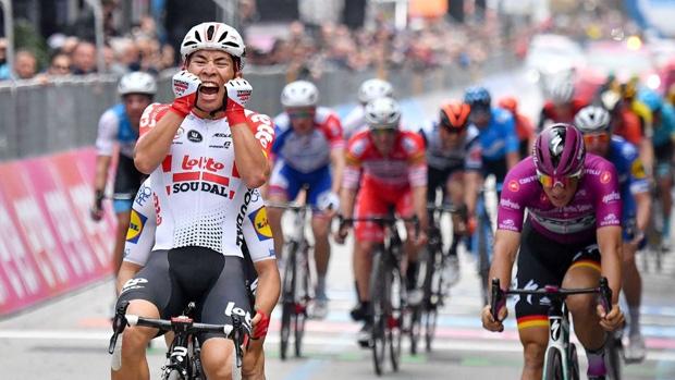 Caleb Ewan celebrates Giro d'Italia stage win