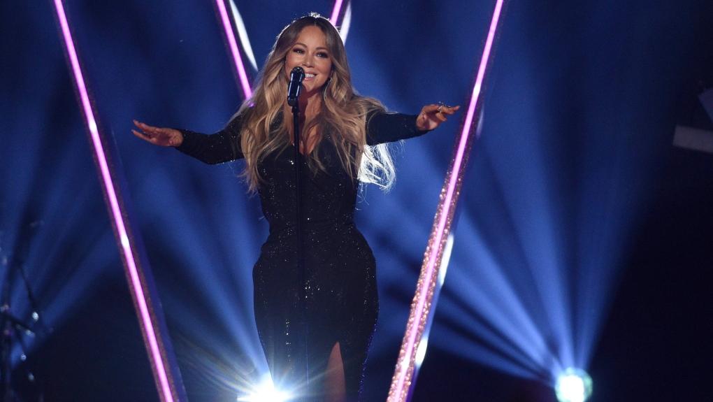Mariah Carey has won the 'bottle top challenge,' Twitter users declare