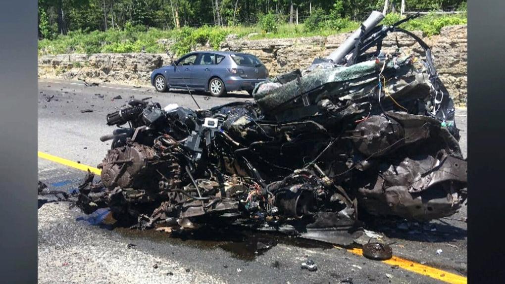 Two dead in multi-vehicle crash on Hwy 417 | CTV News Ottawa