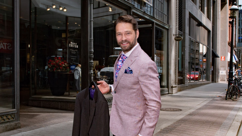 Jason Priestley donates a suit to the 10th Annual Moores Suit Drive at the retailer's flagship store in Toronto. (George Pimentel)