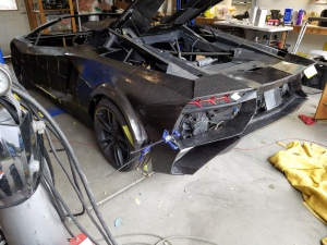 Father-son team 3D-printing a full-size Lamborghini lookalike