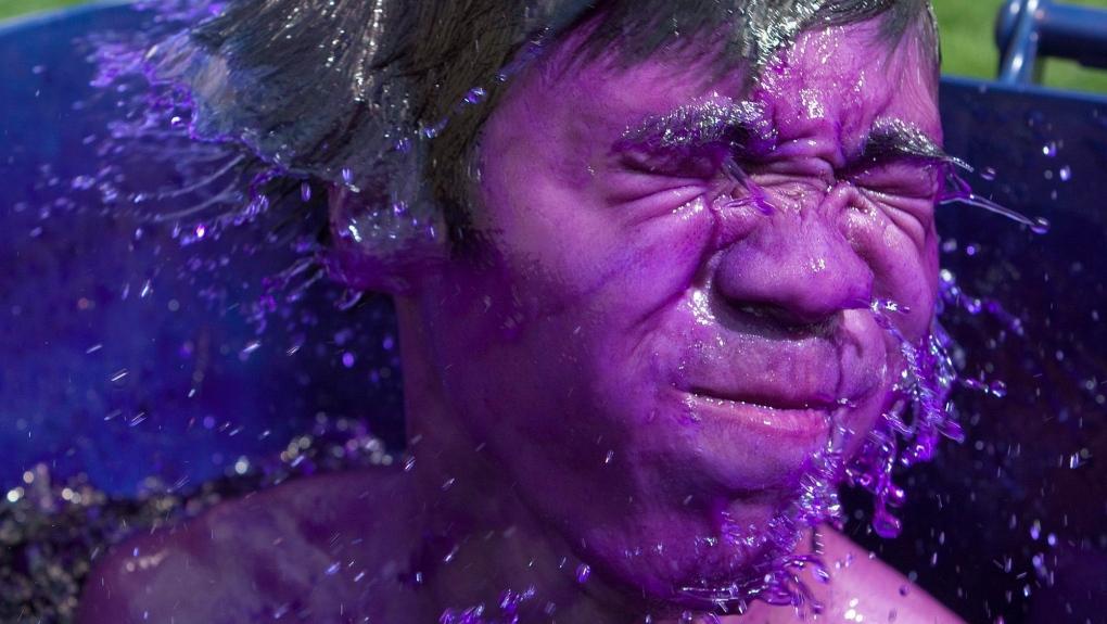 Jeromy Choi, purple dye