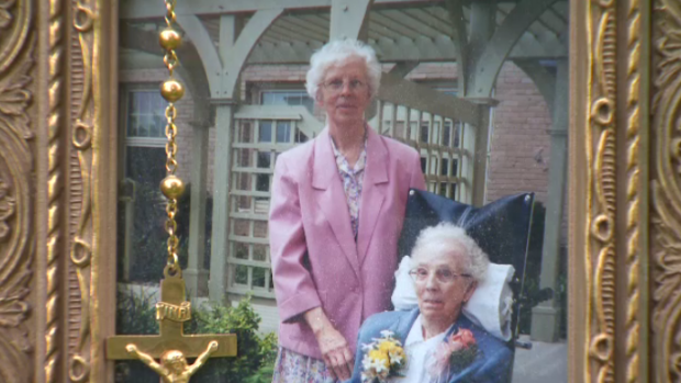 Sisters Helen and Vincent Schneider
