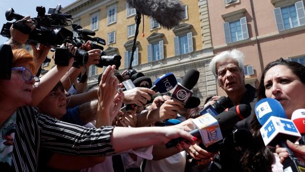 Vatican hunt for Emanuela Orlandi uncovers two sets of bones