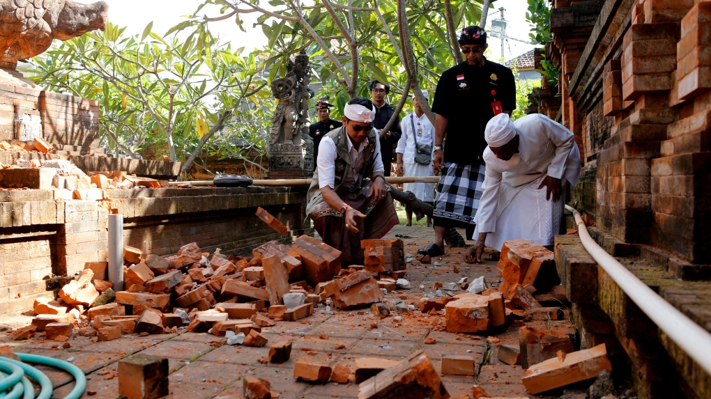 Quake damages buildings on Bali, other Indonesian islands