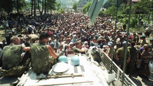 Dutch UN peacekeepers and Muslim refugees in 1995
