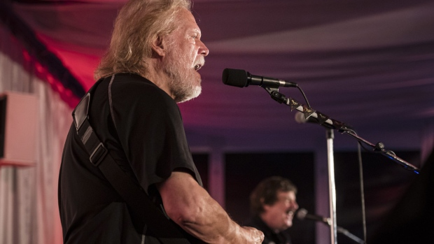 Randy Bachman, left, and Burton Cummings perform during a Canada's Walk of Fame fundraising event in Toronto on July 18, 2019. (Christopher Katsarov / THE CANADIAN PRESS)
