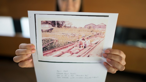 Japanese Canadians call for more than apology