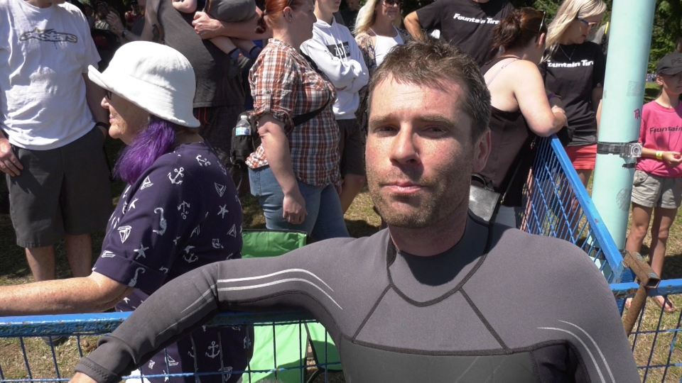 Justin Lofstrom wins Nanaimo bathtub race