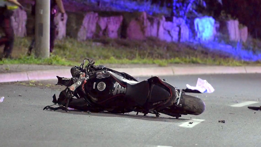 Motorcyclist, 25, dies in hospital after crash in Hamilton
