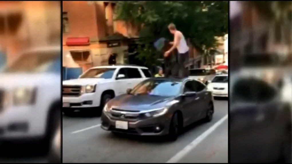 B.C. man uses car's sunroof to beat parking attendant in Seattle