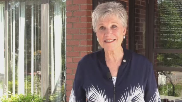 'Anne Murray Day' attracts fans from around the world to Springhill, N.S.