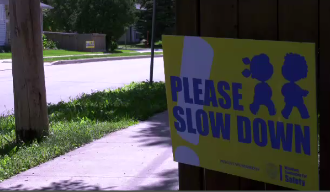 Residents along St. Vital Road and River Road said Tuesday they believe drivers are not complying with the area's speed limit. (File image)