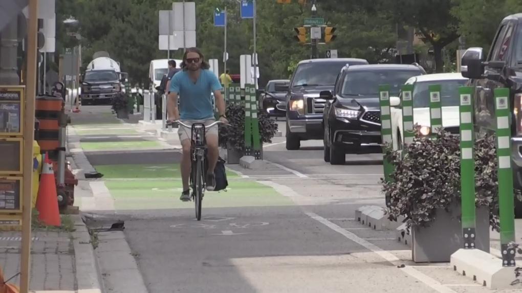 Bicycle lanes on King