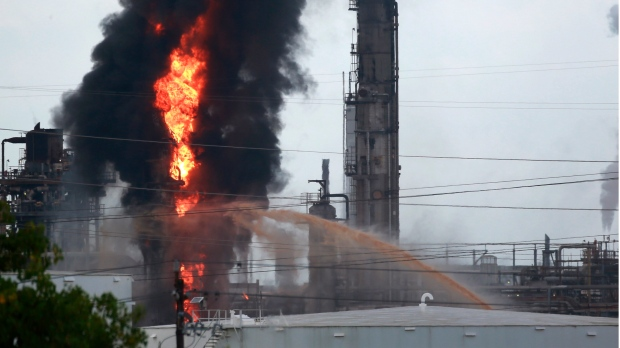 Fire at Texas Exxon Mobil refinery slightly injures 37 | CTV