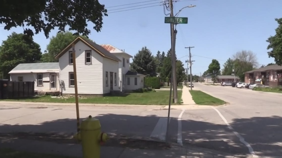 Police are investigating after an alleged abduction attempt in the Shuter Street area of Wingham, Ont. on Thursday, Aug. 1, 2019. (Scott Miller / CTV London)