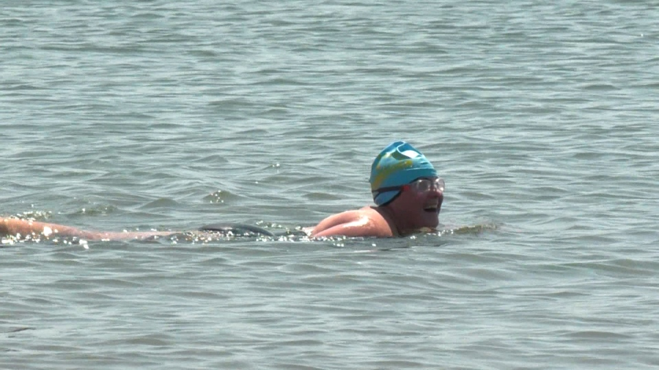Meliah Motchman, 27, will attempt to swim five kilometres without stopping in open water.