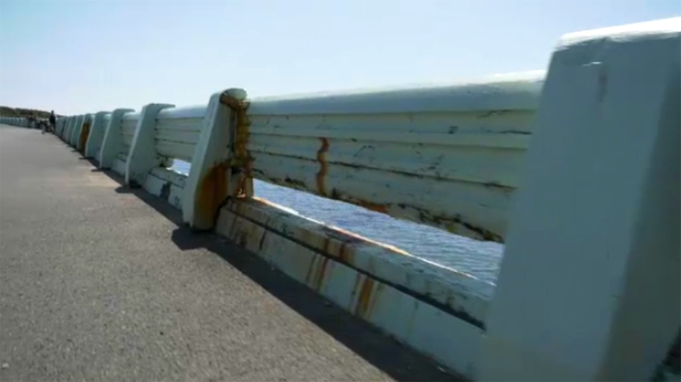The previous Balustrade along Dallas Road, which was built in 1957, is shown: Aug. 6, 2019. (CTV Vancouver Island)