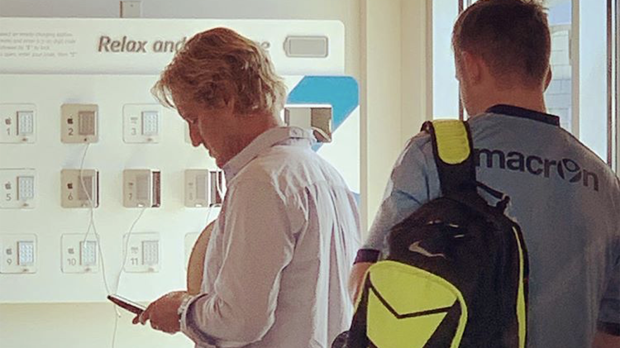 Owen Wilson and Elon Musk sightings have small Vancouver Island town buzzing