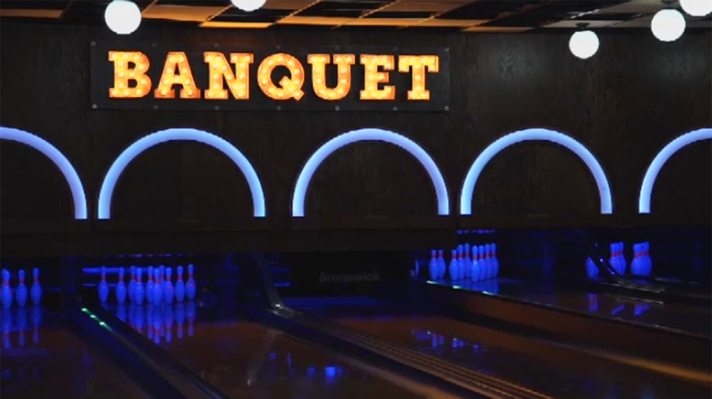 Banquet bowling alley