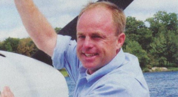Father killed in plane crash praised for 'heroic act' that saved